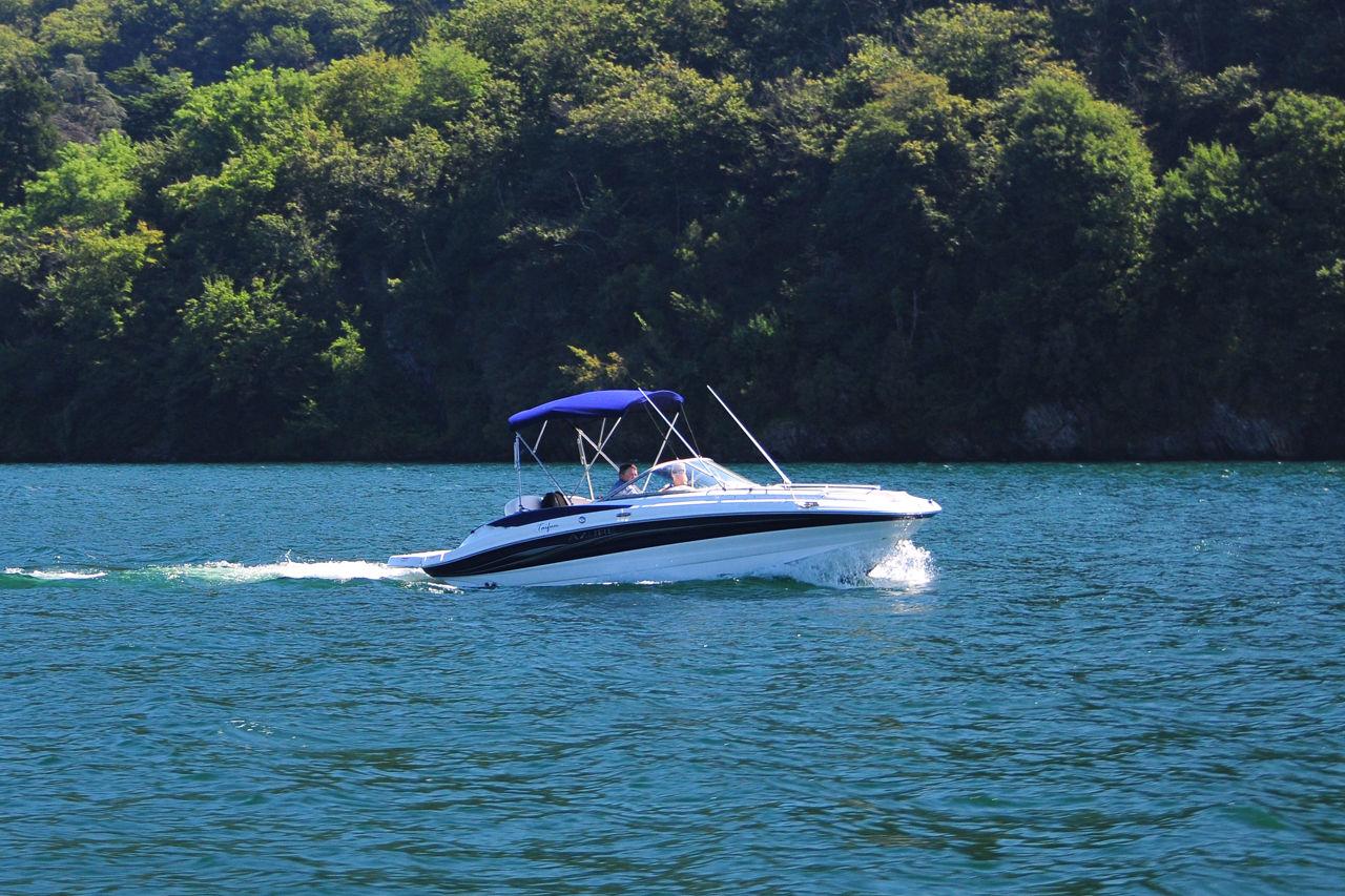 Regole per la navigazione sul lago di Como