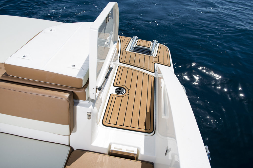 Sea Ray 210 to sell lake Como