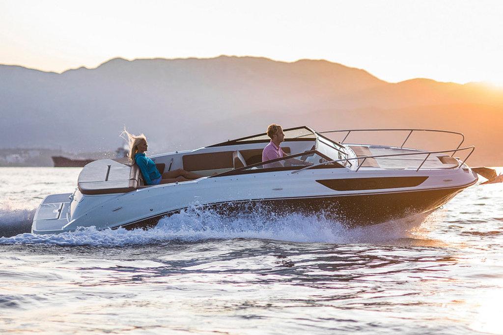 Sea ray concessionario lago di Como